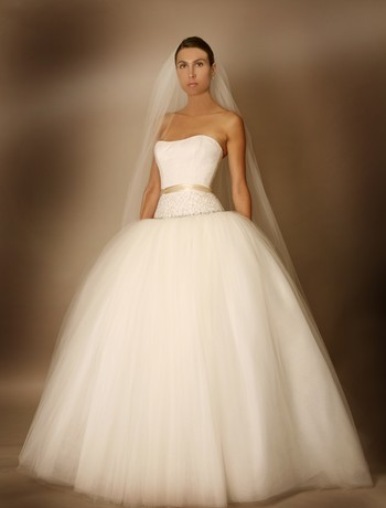 Tailored Custom-made Wedding dresses and Gowns on Order | Tulle Gowns