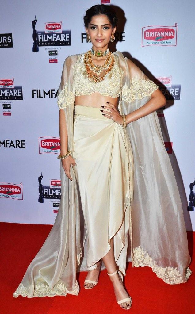 Beautiful Dresses at Filmfare awards